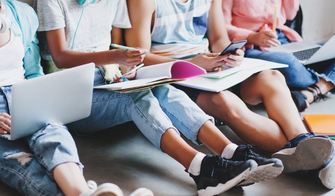 Budúcnosť vzdelávania je v hybridnom formáte